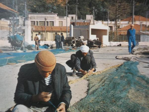 Les remailleurs du port de Béni-Saf