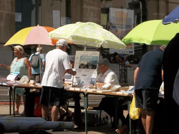 """""""L'été des auteurs"""" à Frontignan.Juin 2014"""
