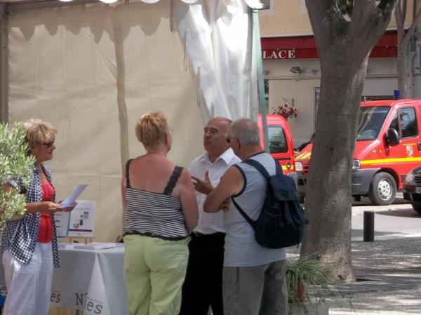Dédicaces: stand de Nîmes (2012)