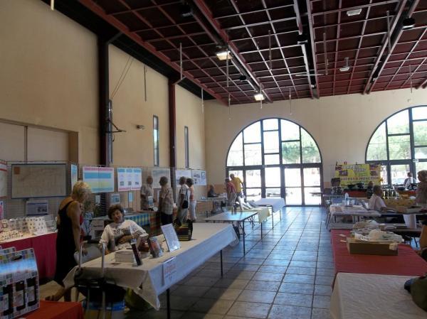 Dédicaces au Salon du Savoir-Faire pied-noir : Port Barcarès août 2012